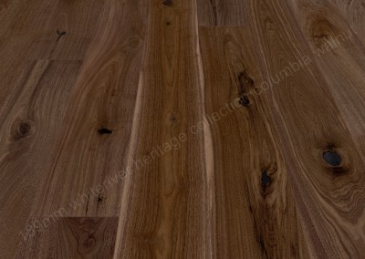 189mm Heritage Columbia Walnut Varnished
