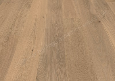 189mm Heritage Select Oak Varnished