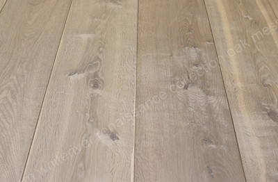 260mm Renaissance Oak Messina Smoked, Planked, Extra White Oil Wax