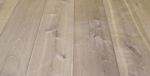 260mm Renaissance Oak Messina Smoked, Planked, Extra White Oil Wax